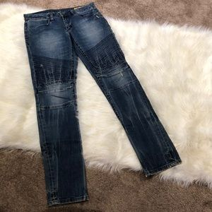 Blank Distressed Blue Jeans 28""